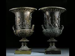 Paar Bronze-Medici-Vasen