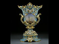 Vase mit St. Petersburger Ansicht