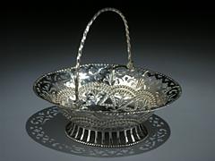 Konfektkörbchen aus Silber