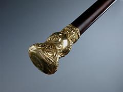 Spazierstock mit großem Massivgoldknauf mit Rocaillen