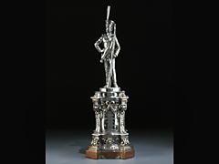 Berliner Silberstatuette eines Garde Offiziers