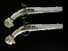 Paar Steinschlosspistolen mit Elfenbeinschäftung