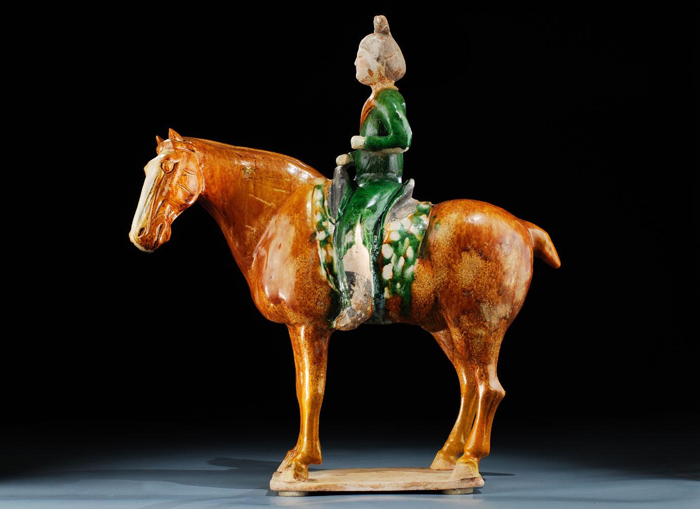 Pferd mit Reiterin der Tang-Dynastie