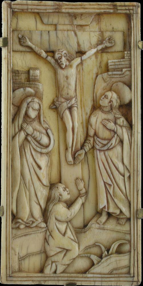 Elfenbeinrelief mit Darstellung Christi am Kreuz