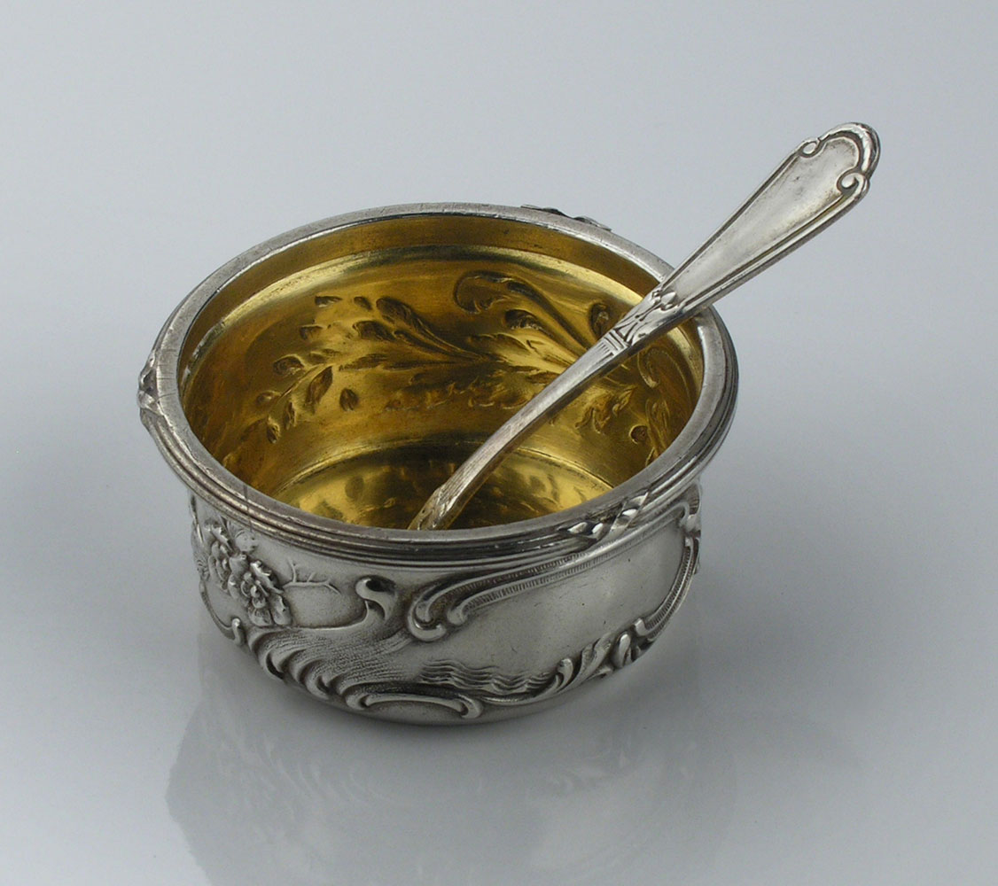 Fabergé-Silberschale mit Löffel