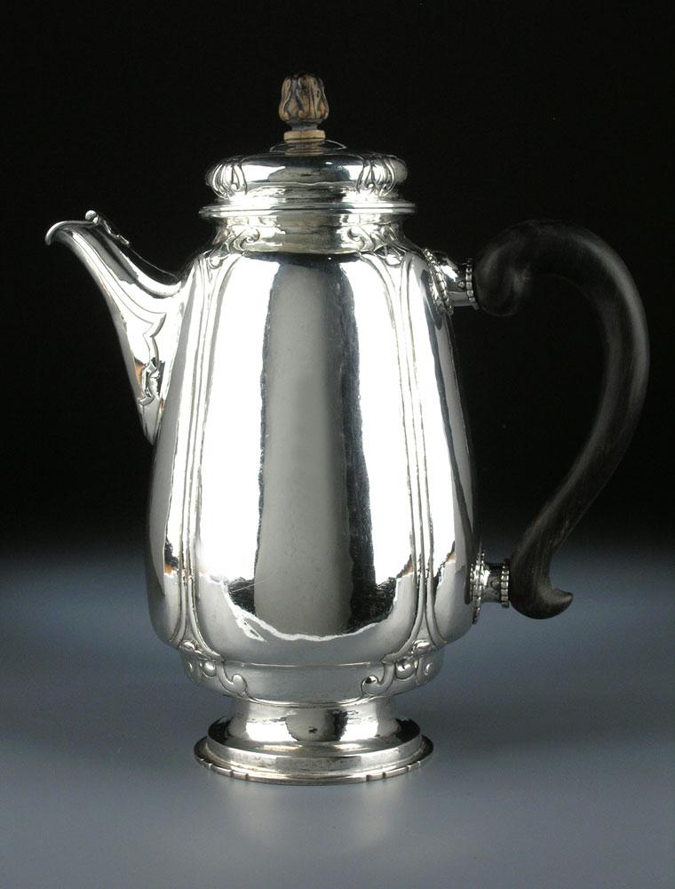 Silberne Jugendstil-Kaffeekanne