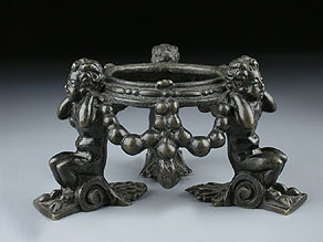 Detail images:  Renaissance-Ständer