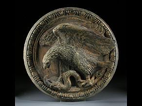 Detail images:  Tonrelief mit Darstellung eines Adlers mit Schlange.