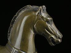 Detail images: Bronzefiguren zweier Pferde von San Marco