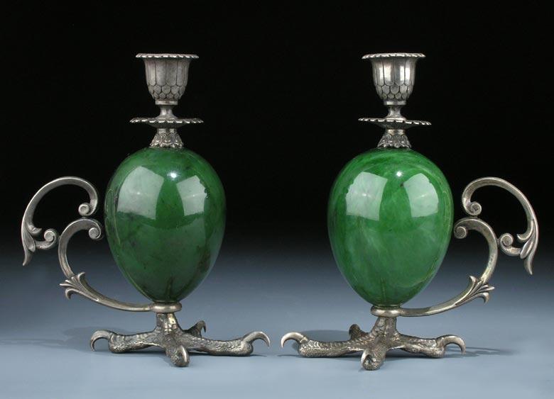 Paar russische kerzenleuchter in silber und grünem stein