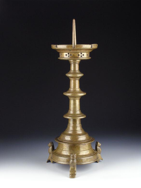 Scheibenleuchter in Bronze
