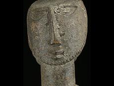 Detail images: Weibliche Ahnenfigur