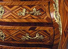 Detail images: Schwedische Rokoko-Kommode