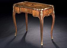 Detailabbildung: Seltener, signierter Damenschreibtisch um 1760