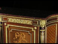 Detail images: Qualitätvolle, reich dekorierte Salonkommode, Stil Napoleon III.