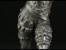 Detail images: Figur eines geharnischten Landknechts
