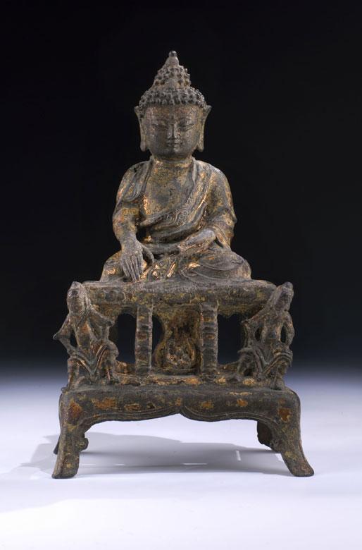 Gegossene Buddhafigur mit Ölvergoldung
