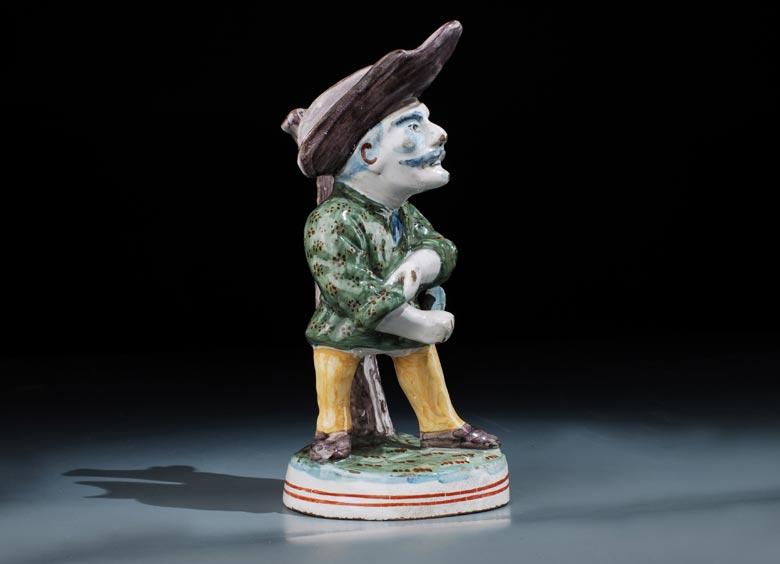 Delfter Fayence-Figur eines Schnitters