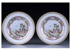 Detail images:  Paar sehr feine Famille rose Export-Porzellanteller