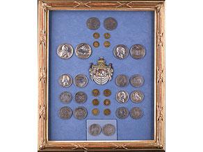 Detail images:  Schaukasten mit bayerischen Münzen und Medaillen