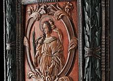 Detail images: Geschnitztes und original gerahmtes Reliefbildnis der Heiligen Katharina aus der Werkstatt Hagenstumpf/ Eger