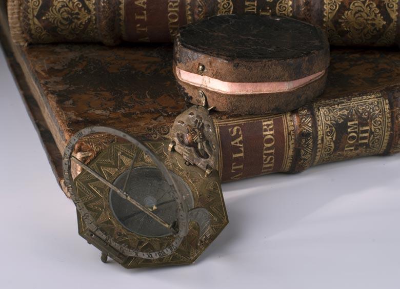 Kompass-Sonnenuhr des 18. Jahrhunderts