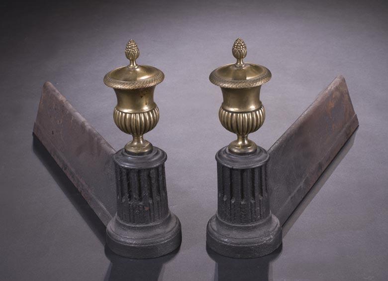 Paar englische Kaminböcke