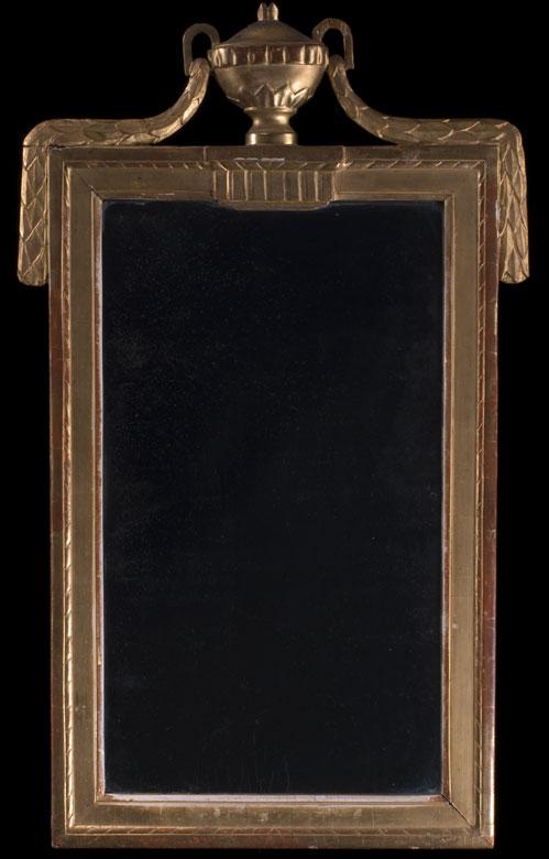 Louis XVI-Spiegel mit goldenem Rahmen