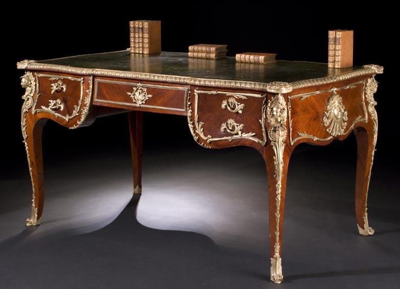 Französisches Bureau-Plat im Louis XV-Stil