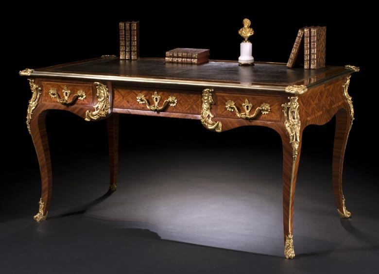 Französisches Louis XV-Bureau-Plat