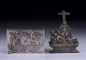 Detail images:  Zwei Silberplaketten