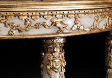 Detail images: Paar große Demi Lune-Wandkonsolen des ausgehenden 18. Jahrhunderts