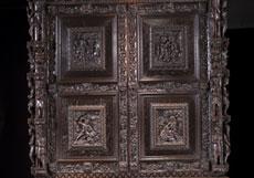 Detail images: Großer, seltener Genueser Aufsatzschrank des 17. Jahrhunderts und später
