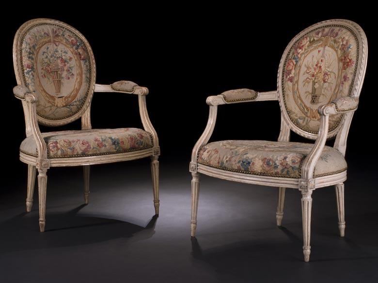 Paar signierte Louis XVI-Fauteuils mit Aubusson-Bezügen