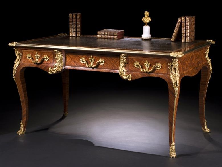 Französisches Louis XV-Bureau Plat