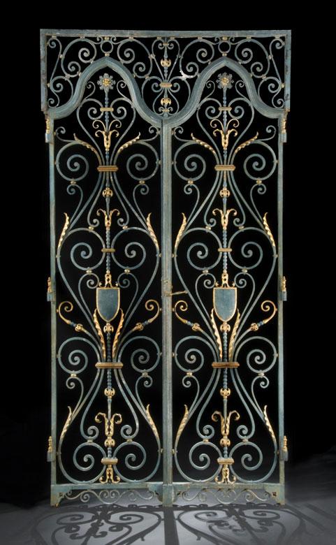 Paar Gittertür-Flügel mit gerade schließendem Aufsatz