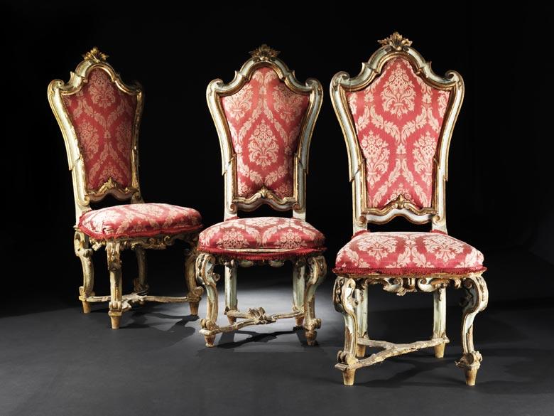 Satz von drei Barock-Stühlen
