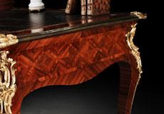 Detail images: Französisches Louis XV-Bureau Plat