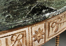 Detail images: Paar frühklassizistische Demi Lune-Wandkonsolen mit Marmorplatten