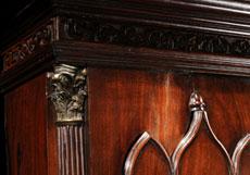 Detail images: Große Standuhr