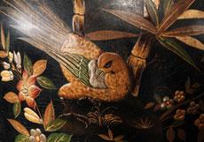 Detailabbildung: Paar monumentale japanische Bodenvasen auf vergoldeten Sockeln