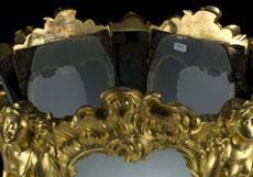 Detail images: Säulenlaterne in Bronze und Feuervergoldung