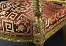 Detailabbildung: Paar blattvergoldete Louis XVI-Sessel