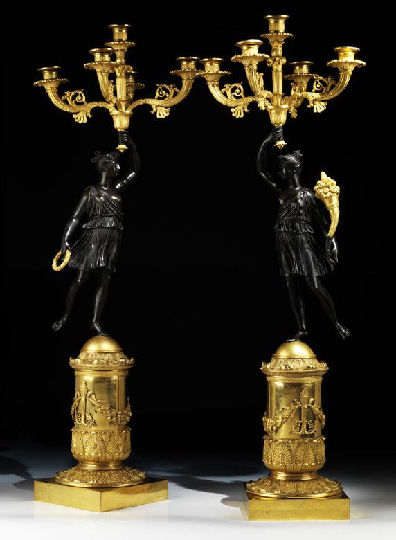 Paar bedeutende Empire-Tischkandelaber