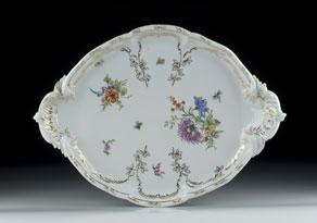 Detail images:  Ovale Porzellanplatte im Rokokostil
