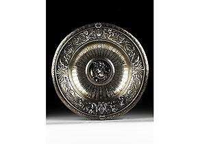Detail images:  Prunkvolle Tafelschale in Silber