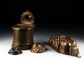 Detail images:  Konvolut von vier Kupferformen mit einem Kupfersalzfass