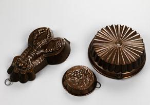 Detail images:  Konvolut von drei Kupfermodeln