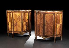 Detail images:  Paar Halbschränke mit Marmorplatten im Transitionsstil