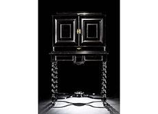 Detail images: Bedeutendes und in seiner künstlerischen Gestaltung äußerst attraktives flämisches Kabinettmöbel